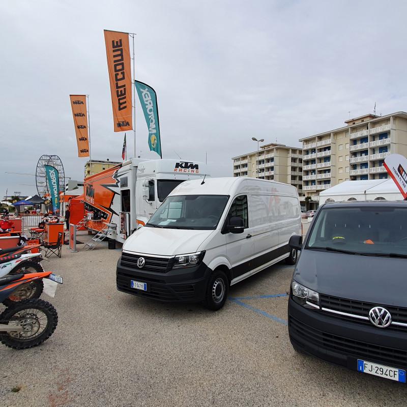 KTM E VOLKSWAGEN VEICOLI COMMERCIALI INSIEME AL TROFEO ENDURO KTM